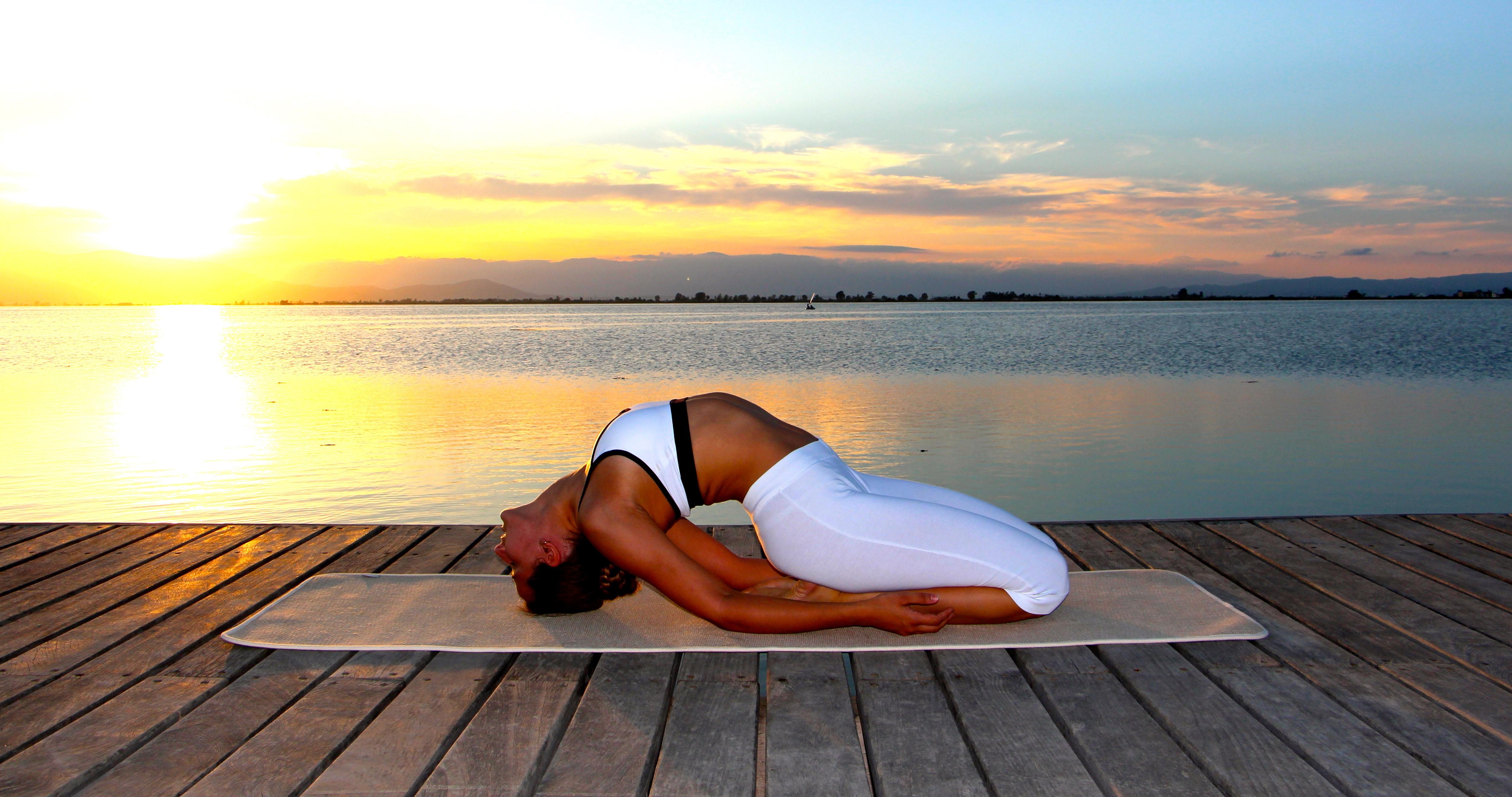 Experimenta la práctica del yoga y conoce sus beneficios
